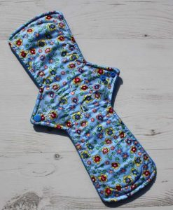 14-inch-Regular-Flow-cloth-menstrual-pad-Flowers-on-Sky-Blue-Cotton-and-Wind-Pro-fleece_1