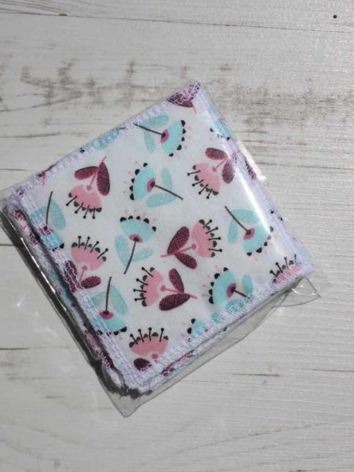 Pink and Aqua Flowers Make-up remover wipes – set of 5