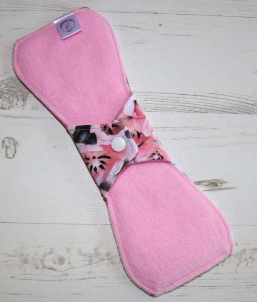 "10"" Regular Flow cloth pad | Piggy in the Middle Cotton Jersey | Pink Polar Fleece | Standard"