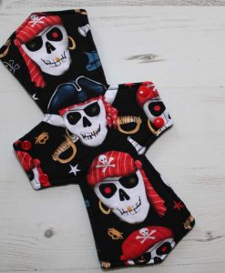 12″ Overnight Extra Heavy Flow cloth pad | Pirate Skulls Cotton | Black Polar Fleece | 1