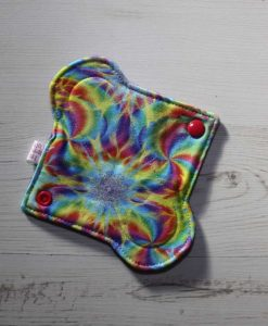 6″ Light Flow cloth pad | Kaleidoscope Cotton Jersey | Purple Polar Fleece | 1