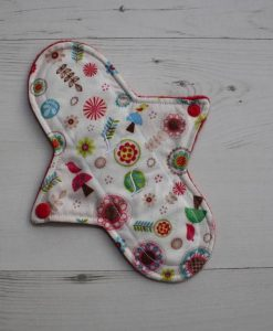 9″ Liner cloth pad | Toadstools and Flowers Cotton | Red Polar Fleece | Luna Landings | Sub 1