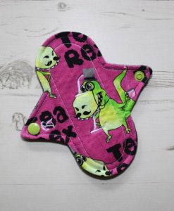 6″ Regular Flow cloth pad | Tex Rex Fuchsia Cotton Jersey | Grey Wind Pro Fleece | Luna Landings | Sub 1