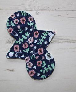 8″ Light Flow cloth pad | Woodland Cotton Jersey | Cream Wind Pro Fleece | Luna Landings | Slim Sub 1