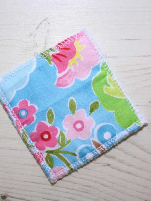 Flowers on Sky Blue Make-up remover wipes – set of 5