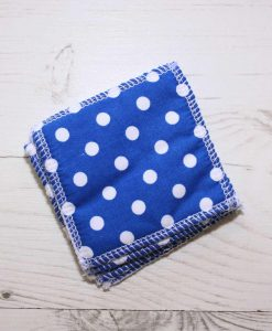 Blue Polka Dots Make-up remover wipes – set of 5