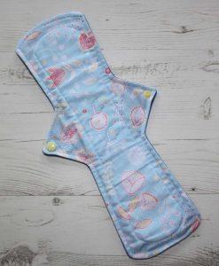"14"" Regular Flow cloth pad | Meadow Fresh Cotton | Blue Wind Pro Fleece | Luna Landings | Double Flare"