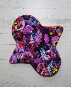 6″ Regular Flow cloth pad | Pony Apocalypse Cotton Jersey | Red Wind Pro Fleece | Luna Landings | Sub 1