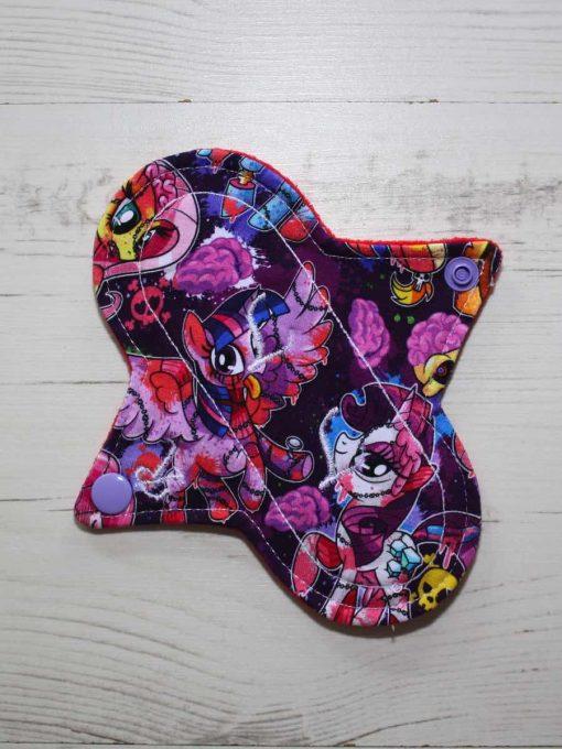 6″ Regular Flow cloth pad | Pony Apocalypse Cotton Jersey | Red Wind Pro Fleece | Luna Landings | Sub 1