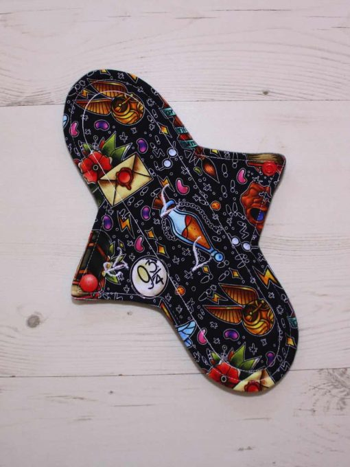 10″ Regular Flow cloth pad | Wacky Wizard Cotton Jersey | Grey Wind Pro Fleece | Luna Landings | Sub