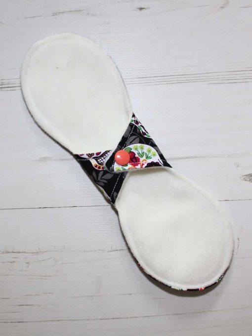 10″ Liner cloth pad | Flowered Skulls Cotton | Cream Wind Pro Fleece | Luna Landings | Slim Sub 4