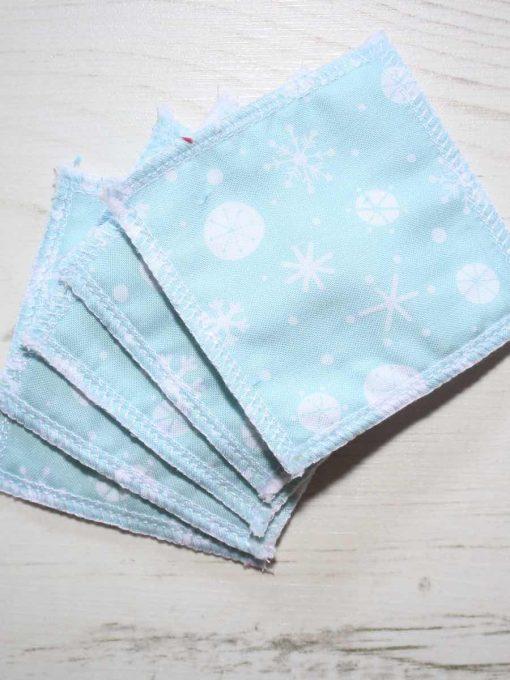 Mint Snowflake Cotton Gift Box