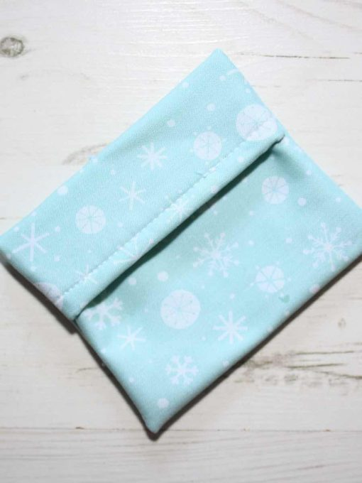 Mint Snowflake Cotton Gift Box