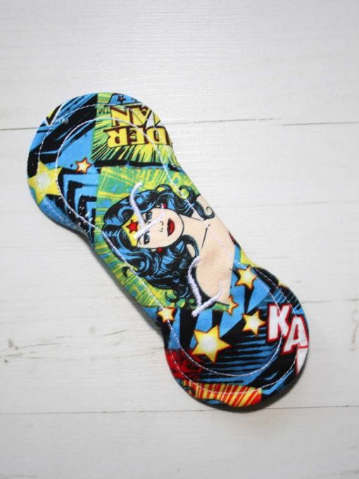 6″ Light Flow cloth pad | Wonder Woman Comic Cotton | Blue Wind Pro Fleece | Luna Landings | Slim Sub 5