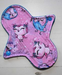 8″ Regular Flow cloth pad | Cute Owls Bamboo Jersey | Blue Wind Pro Fleece | Luna Landings | Sub 1