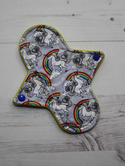 "8"" Regular Flow cloth pad | Silver Unicorns Cotton | Yellow Wind Pro Fleece | Luna Landings | Sub"