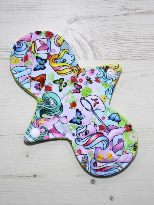 8″ Regular Flow cloth pad | Vintage Ponies Cotton Jersey | Lemongrass Wind Pro Fleece | Luna Landings | Slim Sub 1