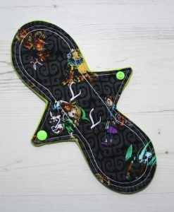 10″ Regular Flow cloth pad | Zelda Cotton | Green Wind Pro Fleece | Luna Landings | Slim Sub
