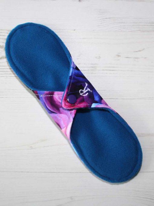 "10"" Regular Flow cloth pad | Opulence Roses Cotton Jersey | Blue Wind Pro Fleece | Luna Landings | Sub"