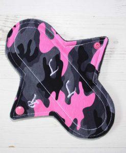 "8"" Regular Flow cloth pad | Pink Camo Cotton Jersey | Grey Wind Pro Fleece | Luna Landings | Sub"