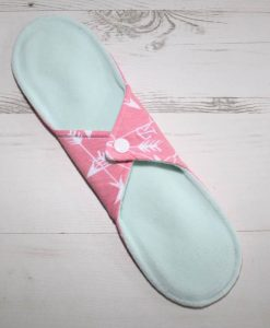 11″ Regular Flow cloth pad | Pink Arrows Cotton Jersey | Mint Wind Pro Fleece | Luna Landings | Sub