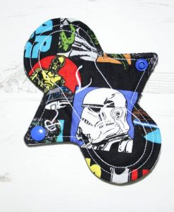 6″ Regular Flow cloth pad | Star Wars Classic Cotton | Black Organic Cotton Fleece | Luna Landings | Sub