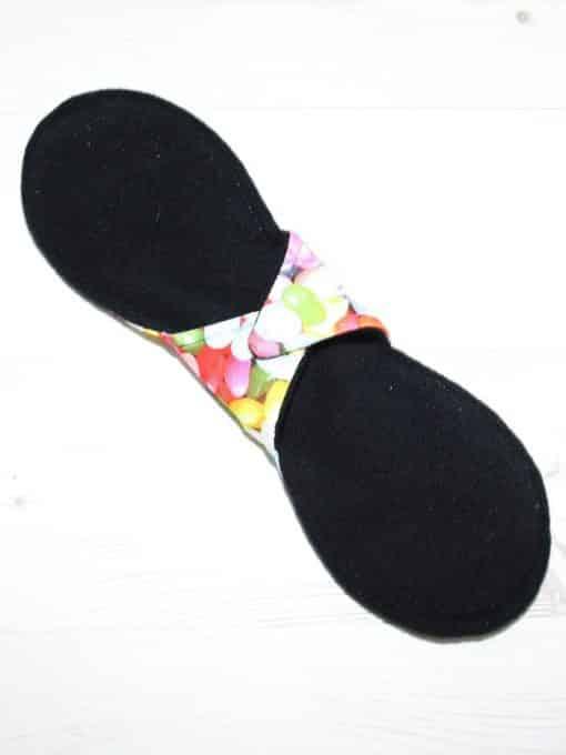 10″ Regular Flow cloth pad | Jelly Beans Cotton Jersey | Black Organic Cotton Fleece | Luna Landings | Slim Sub