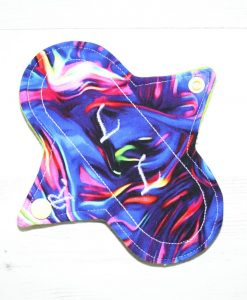 6″ Regular Flow cloth pad | KaleidoSmoke Firewater Cotton Jersey | Green Wind Pro Fleece | Luna Landings | Sub