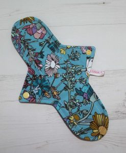 11″ Regular Flow cloth pad | Wild Flower Cotton Jersey | Grey Wind Pro Fleece | Luna Landings | Sub