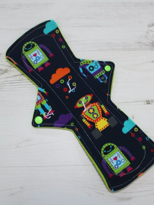 12″ Regular Flow cloth pad | Robots Cotton Jersey | Green Wind Pro Fleece | Luna Landings | Double Flare