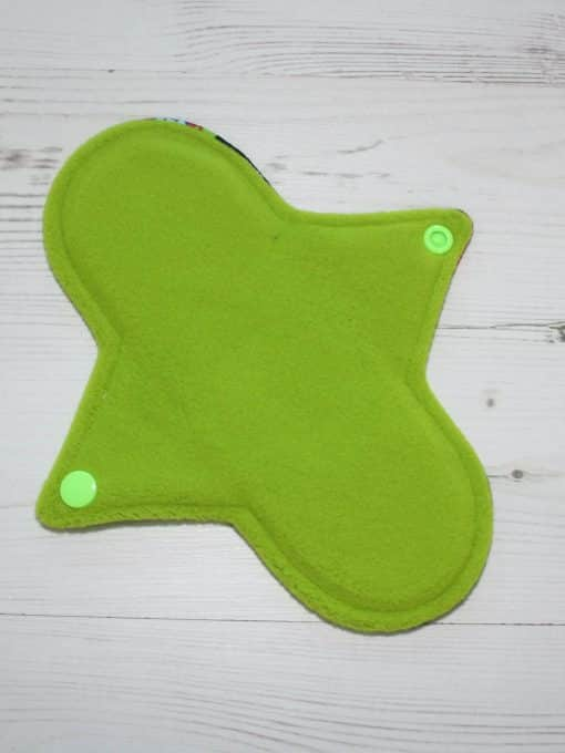 8″ Regular Flow cloth pad | Robots Cotton Jersey | Green Wind Pro Fleece | Luna Landings | Sub
