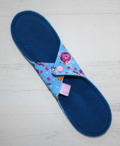 11-inch-Regular-Flow-cloth-menstrual-pad-Rosebird-Cotton-Jersey-and-Blue-Wind-Pro-Fleece-Luna-Landings-Sub_4.jpg_4-scaled