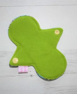 6-inch-Regular-Flow-cloth-menstrual-pad-Wild-Flower-Cotton-Jersey-and-Green-Wind-Pro-Fleece-Luna-Landings-Slim-Sub_3.jpg_3-scaled