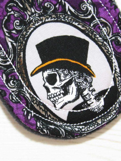 "6"" Light Flow cloth pad   Skull Portraits Cotton   Black Wind Pro Fleece   Luna Landings   Sub"