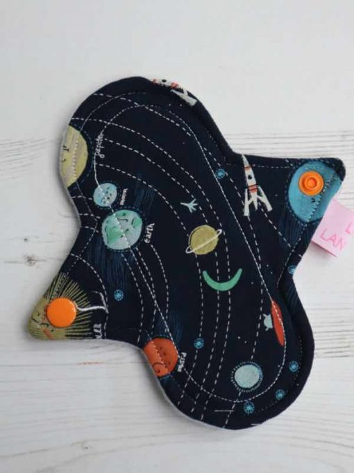 "6"" Light Flow cloth pad | Supernova Cotton | White Polar Fleece | Luna Landings | Sub"