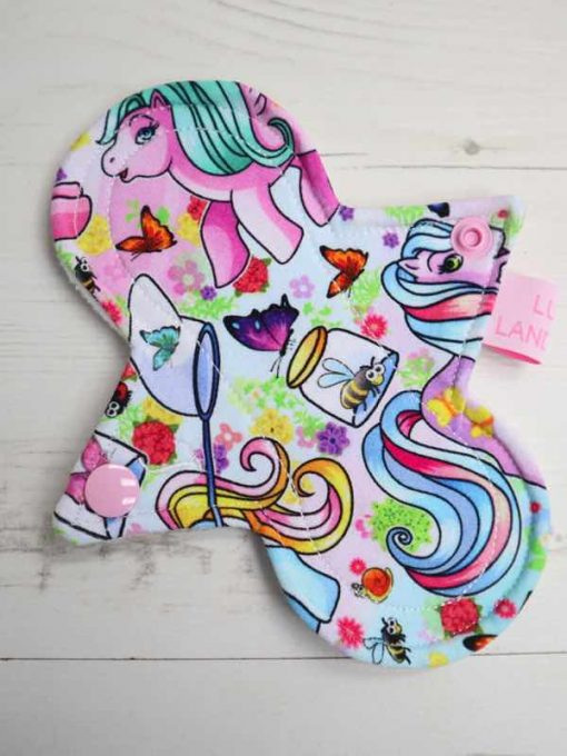 "6"" Light Flow cloth pad   Vintage Ponies Cotton Jersey   White Soft Shell   Luna Landings   Slim Sub"