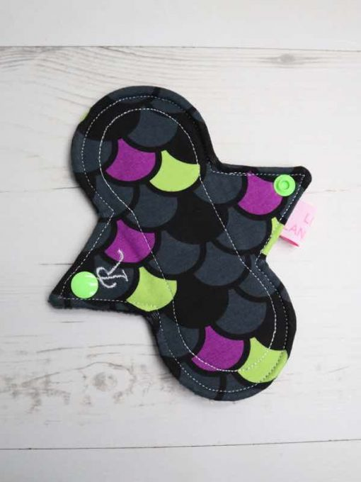 "6"" Regular Flow cloth pad | Dragon Scales Purple Cotton Jersey | Black Polar Fleece | Luna Landings | Slim Sub"