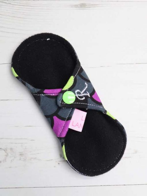 "6"" Regular Flow cloth pad | Dragon Scales Purple Cotton Jersey | Black Wind Pro Fleece | Luna Landings | Sub"